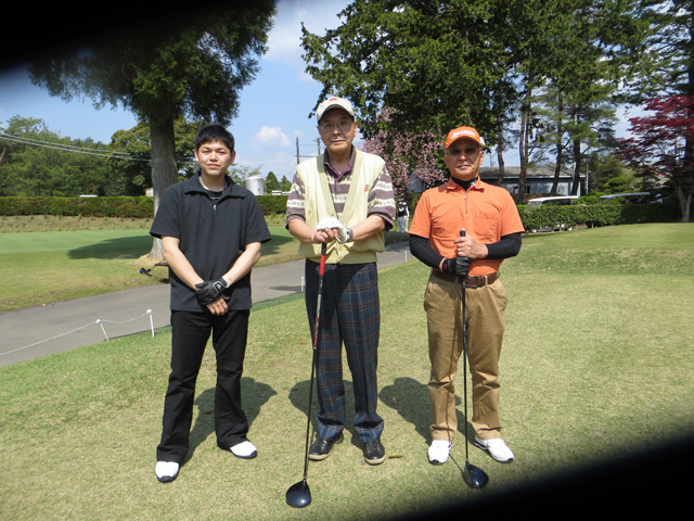 http://www.jassc.com/mt/30th_golf05.JPG